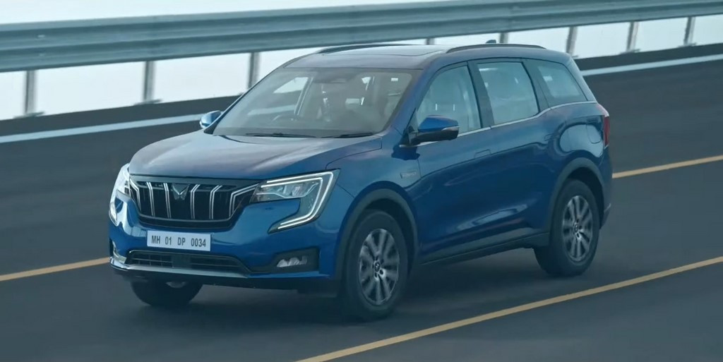 Mahindra-XUV700-Unveil