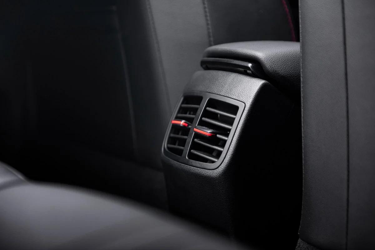 2021 Hyundai i20 N Line interior rear AC vents