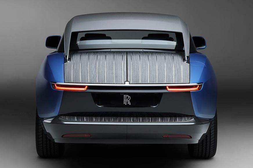 Rolls-Royce-Boat-Tail-rear
