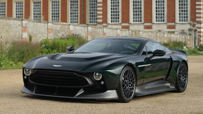 Aston Martin Victor a One-off 836 BHP Manual Hypercar revealed