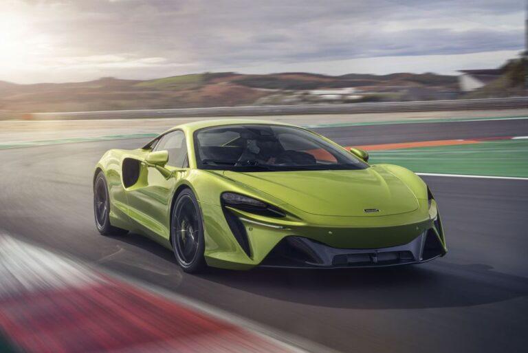 McLaren Artura Plug-in hybrid Supercar revealed
